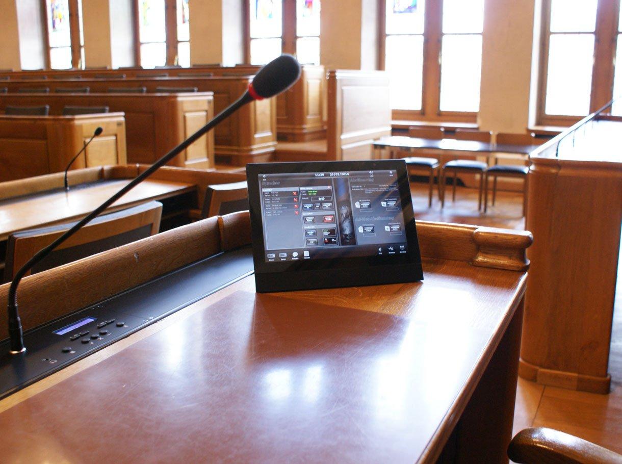 Referenzbild Rathaus Bern Mediensteuerung