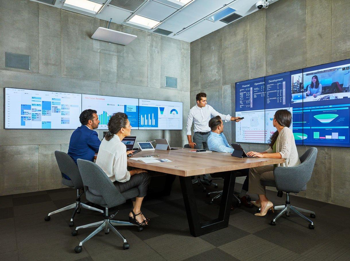 Oblong Mezzanine System im Einsatz in einem Sitzungszimmer